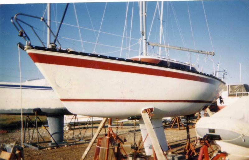 Πωλείται ιστιοπλοϊκό σκάφος