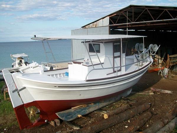 Βάρκα  ξύλινη